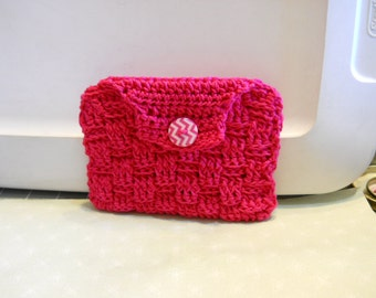 Coin Purse in Fushia Color Cotton Yarn, Small Wallet, Credit Card Holder, Money Bag