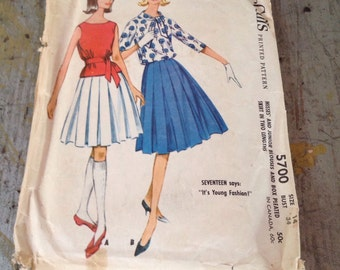 Vintage McCall's Sewing Pattern 5700 Misses' and Junior Blouses and Box Pleated Skirt Size 14 Bust 34