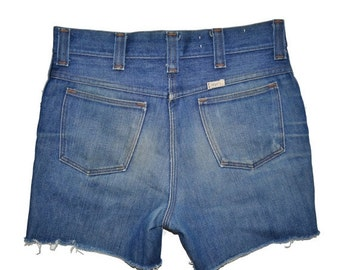 ON SALE Vintage 1970's SEDGEFIELD Cut Off Shorts Jeans Size 30