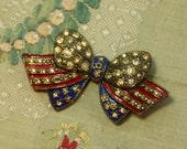 Vintage pin brooch trim patriotic flag bow glass stones fun fourth of july lovely millinery dress sash fichu scarf red white blue