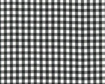 Black and White Plaid 1/4 inch Checked Gingham, Robert Kaufman Carolina Gingham, 1 Yard