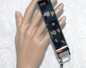 Key fob, key wristlet, camo key fob, camo key holder, keys, key chain, key holder, keys, house keys, house key holder
