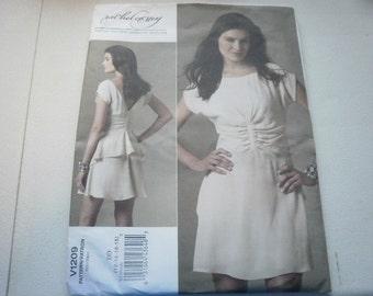 Pattern Ladies Dress Sizes 12 to 18 Vogue 1209