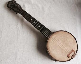 The Gibson UB1 banjo ukelele  baby Gibson