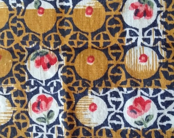 Vintage 40s 50s Little  Encircled Roses Print on Cotton Fabric 2 yd x 35 Quilting etc