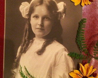 Large Antique Photo - Beautiful Girl  with Curls