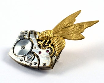 Steampunk Bee Pin, Bee Brooch, Steampunk Brooch, Watch Movement Pin