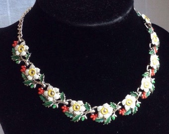 Rare Vintage EXQUISITE Christmas Rose Birthday Necklace - December