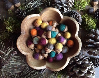 Felted wool acorns, set of 50, Custom Colors, bulk felt acorns, waldorf school toy acorns, autumn home decor, woodland wedding table decor