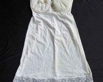 Ivory Lace Built in Bra Vintage 1950's 1960's Women's Nylon Full Slip 36 C