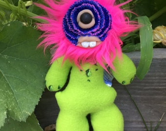 Dahlia Monster