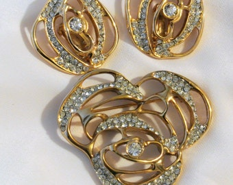 """Vintage """"Craft"""" Brooch and Earring Set"""