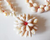 "Cowrie Shell Flower Necklace 32"" Vintage Gold Ring Cowry"