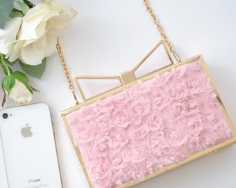 Roses Faux Fur Box clutch in Indy Pink
