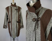 80s Vintage Brown Wool Herringbone Jacket with Leather Ties. 80s Winter Coat. (L)