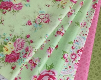 6 Beautiful Shabby ROSEY Roses Quilt Fabric Fat Quarters by Tanya Whelan - Free Spirit -