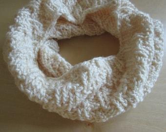 Cream knit twist cowl