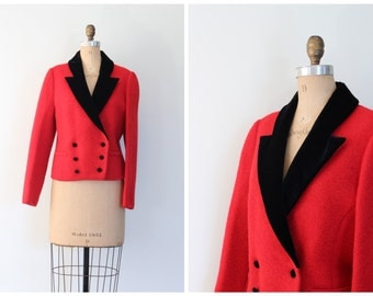 bright red boiled wool jacket - 80s cropped blazer - black velvet collar / fox hunt jacket - equestrian style jacket / vintage ladies preppy