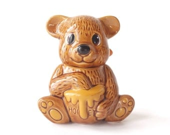 Vintage honey bear with dipper, pottery, glazed ceramics, c. 1970s, made in Taiwan, kitchen ware, kitsch, honey pot, golden brown bear cub
