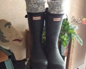 Daisy Fleece Rain Boot Liners, Small Daisy Gray Cuff , Gray Sock,  Tall or Short rain Boots, Boot Accessories, Sz Sm/Med 6-8 or Med/Lg 9-11
