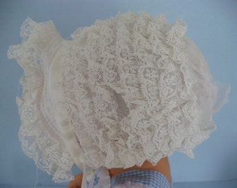 Doll or Childs Bonnet