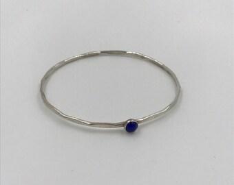 Sterling Silver Hammered Bangle Bracelet with Black Onyx Gemstone |