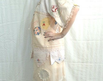 Flirty, Lacey Pale Peach Blush Skirt Underskirt Slip Sz S Upcycled Altered Couture Mori
