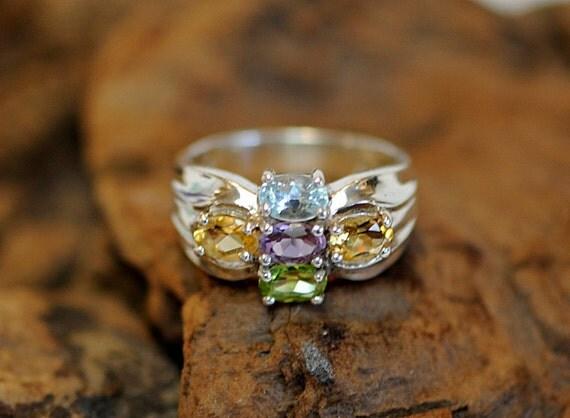 Vintage Sterling Silver Multi Gemstone Ring.. Aquamarine, Amethyst, Peridot & Citrine.. Size 9 (#73)