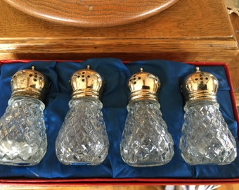 Vintage Glass Crystal Leonard Crystal Salt and Pepper Fine Dining Silver Plated Crystal S & P Shakers Original Box 4 Salt n Pepper Shakers