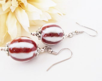 Christmas Earrings, Red White Earrings, Peppermint Earrings, White and Red Earring, Red Striped Earring, Lampwork Glass Earring, Red Earring