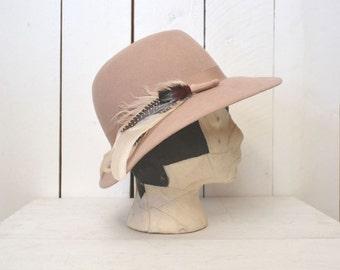 Wool Felt Hat - 1960s Womens Feather Cap - Beige Vintage Mid Century Boho Bowler - Small S