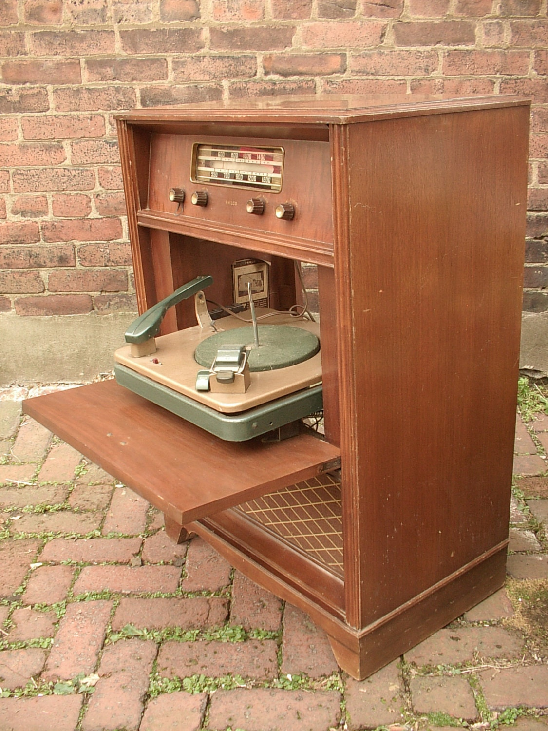 Antique 1940 S Philco Radio With Turntable Model By