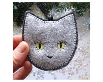 Handmade Christmas ornament - gray cat - handcrafted from 100% wool felt - Christmas and Holiday decor