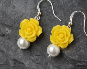 Yellow wedding earrings, yellow bridesmaid earrings, bridesmaid gift, garden wedding, yellow rose earrings, Made in Canada, flower earrings