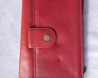 vintage smooth red leather wallet, w/ calculator, works,