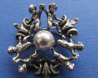 On Sale Cini Antique Circular Putti Sterling Silver Brooch Pin Jewelry