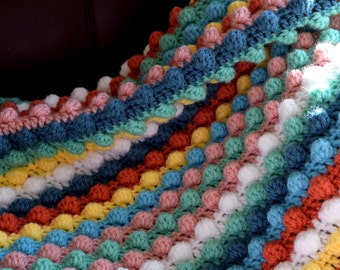 Pastel bobble stitch crchet blanket