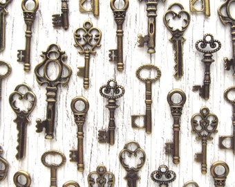 The Rosalind Collection - Skeleton Key Charm Assortment in BRONZE- Set of 36 Keys