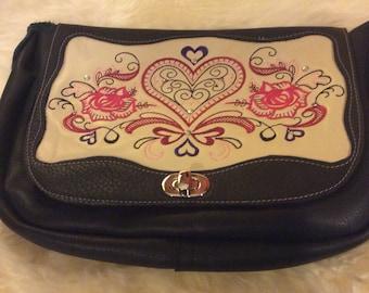 Filigree Hearts Messenger Bag