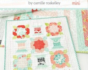 """Thimble Blossoms Mini Quilt Pattern, Handmade Mini #205, Camille Roskelley, 19""""x19"""" Mini Pattern, Spools and Flowers"""
