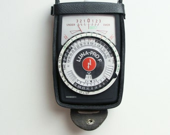 Gossen Luna-Pro F Light Meter with Leather Case