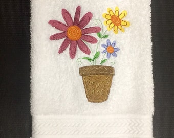 Bath hand towel with embroidered flower pot full of dasies. daisy, flower pot, spring towel, daisy hand towel, daisy decor, flower towel