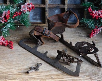 Antique Victorian Ice Skates with Key, Union Hardware Co.