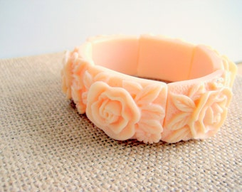 Ivory Rose Bracelet Stretch Plastic Molded Flowers
