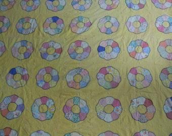 Quilt:  Dresden plate summer quilt (no batting)  vintage featuring 1940's cotton fabrics