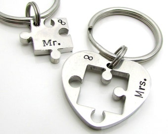 Personalized Couples Keychain Set - Mr & Mrs Keychain Set - Custom Wedding Gift - Personalized Keychain - Hand Stamped Puzzle Keychain