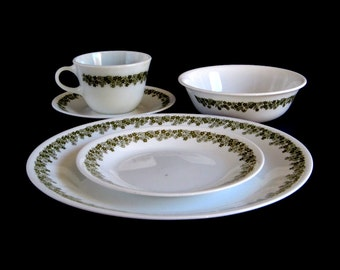 Corelle Crazy Daisy Spring Blossom Dishes Single 5-piece Place Setting, or Set of 8 Cups