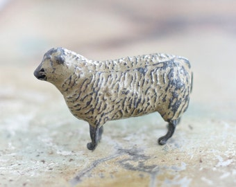 Lead Sheep - Antique little iron cast Toy - Made in England