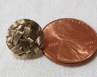 """5 Vintage metal buttons all different, all with shanks and under 1"""" ins across. All are gold tones. All in good condition. UNK13.1-16.1-17."""