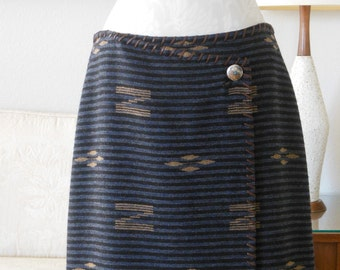 Lauren Ralph Lauren Wool Wrap Skirt Southwestern Whip stitch Worsted Wool Long skirt Size 12P Unique Wrap Style Blanket Wrap Skirt Charcoal